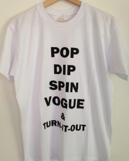 T shirt voguing dance steps